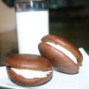 peppermint whoopie pie